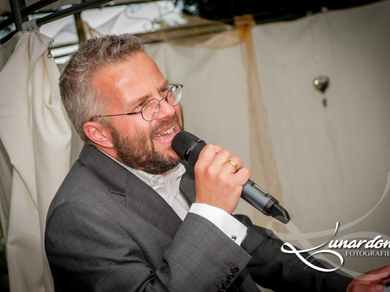 Freie Trauung, Freier Redner, Hochzeit, Heiraten in Sachsen, Hochzeitsrede, Tobias Höhn, Dr. Tobias D. Höhn, Wunschrede, Wunschredner, Rede Brautvater, Reden mit Humor, Humorvolle Reden,
