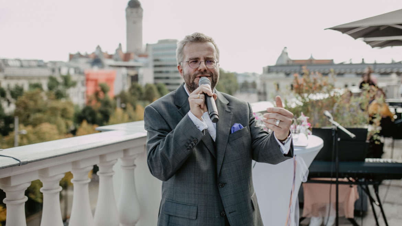 Freie Trauung, Wunschrede, Trauredner, Wunschredner, Hochzeit, Freier Redner, Heiraten, Tobias D. Höhn, Leipzig, Sachsen, Deutschland,