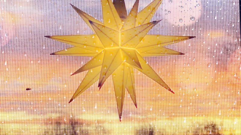Grabredner, Trauerredner Leipzig, Trauerredner Taucha, Trauerredner Delitzsch, Trauerredner Eilenburg, Erdbestattung, Feuerbestattung, Baumbestattung, Seebestattung, Rasengrab, moderne Bestattung, Trauerfeier, Trauerredner, Wunschredner, Wunschrede, Dr. Tobias D. Höhn, Leipzig, Sachsen, Taucha, Trauerfeier, Trauerrede, Licht, Hoffnung